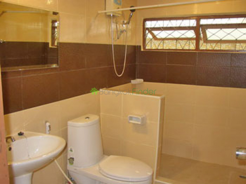 Rama 9, Rama 9, Bangkok, Thailand, 4 Bedrooms Bedrooms, ,3 BathroomsBathrooms,House,For Rent,Rama 9,494